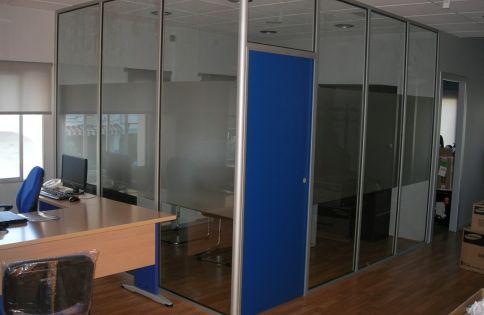 Armarios oficina segunda mano mesa tnt de steelcase for Mamparas oficina segunda mano