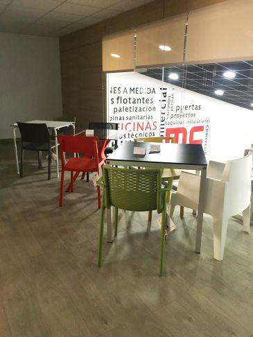 Mesas y sillas HosteleríaEquipamiento Hosteleria de MC Mobiliario Comercial