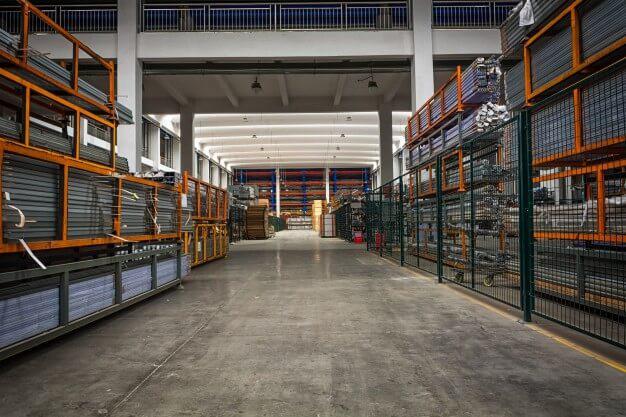 Sistemas de almacenamiento de mercancías