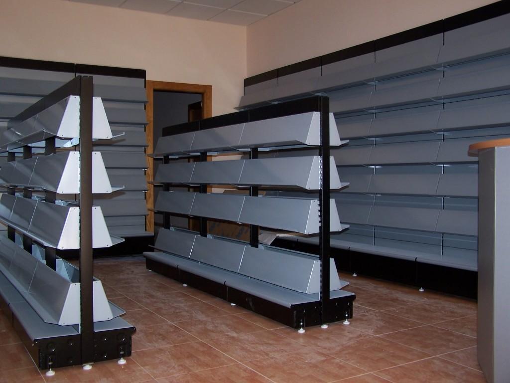 Estanter as met licas de l nea blanca mc mobiliario comercial mc comercial - Almacen de libreria ...